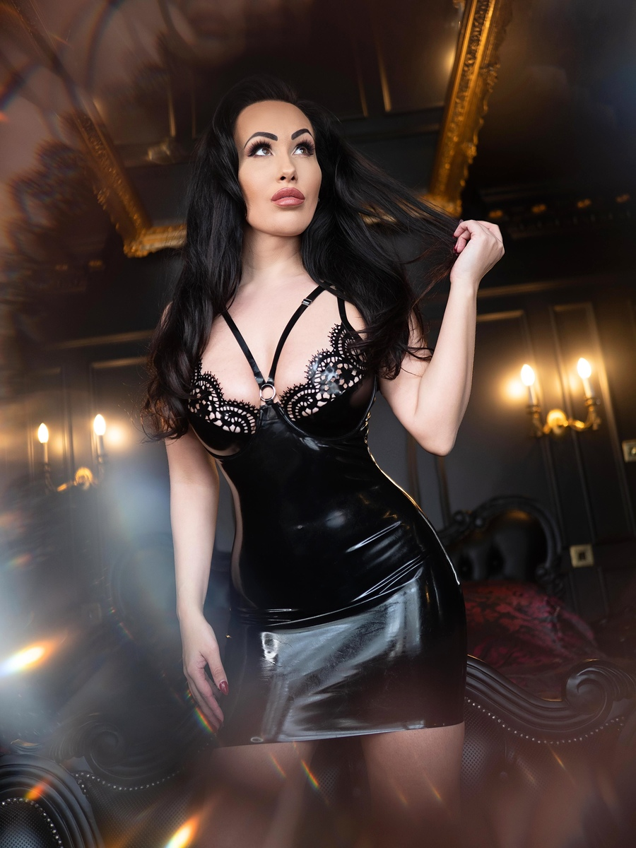 Photography by frankinsella, Model BeckyDee / Uploaded 28th February 2020 @ 08:31 PM