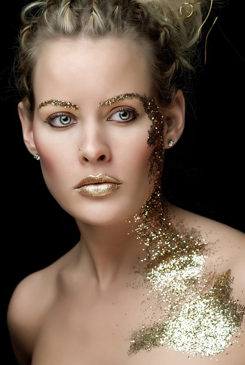 Beauty Shot  / Post processing by Purple Princess Edits / Uploaded 6th January 2014 @ 07:52 PM