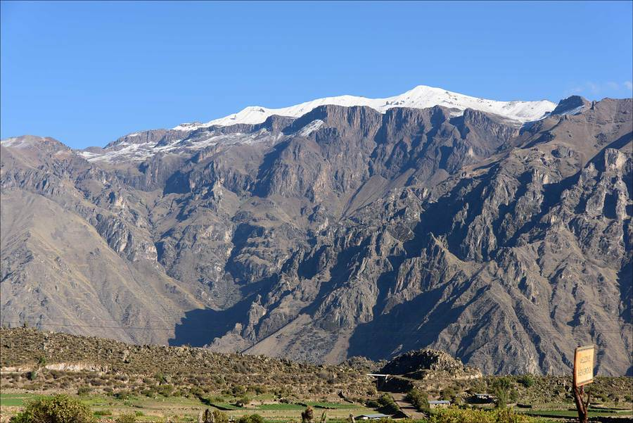 High Andes in the sunshine / Photography by Jerome Razoir / Uploaded 5th June 2015 @ 03:59 PM