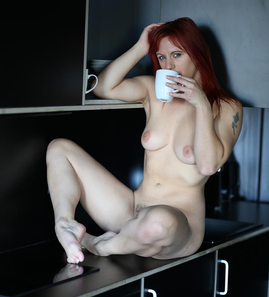 Coffee break / Photography by Beliskner, Model Freya / Uploaded 14th January 2018 @ 06:30 PM