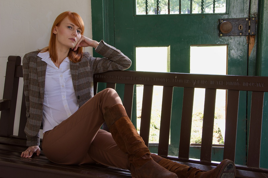 Marta - Reclining / Photography by CharlesPhoto, Post processing by CharlesPhoto / Uploaded 8th November 2014 @ 12:08 AM