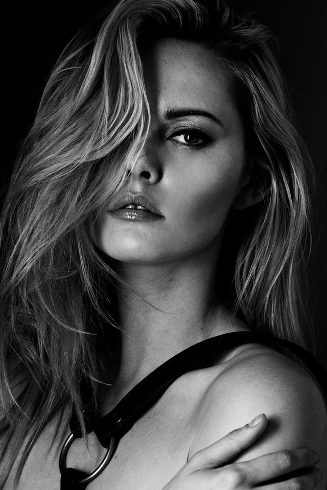 Something raw and dark... / Model Carla Monaco / Uploaded 19th September 2014 @ 09:30 AM