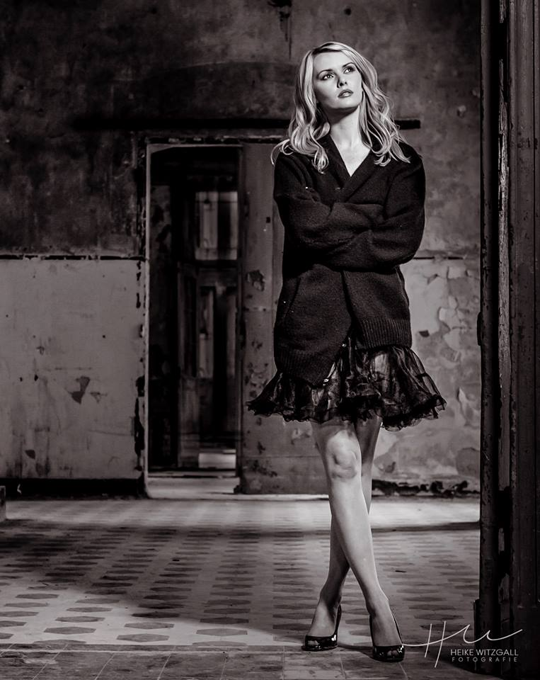 Behind the scenes shot Berlin  / Model Carla Monaco / Uploaded 16th November 2014 @ 04:14 PM