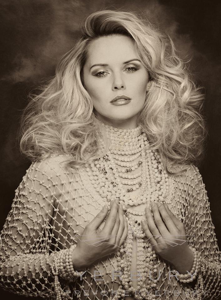 Portrait  / Model Carla Monaco / Uploaded 22nd March 2014 @ 11:13 AM