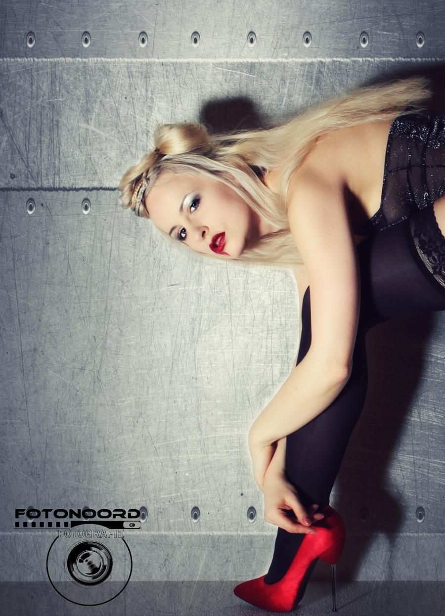 Diva Nights / Model Keira Lavelle, Taken at Feel Good Fotostudio / Uploaded 17th January 2018 @ 09:16 PM