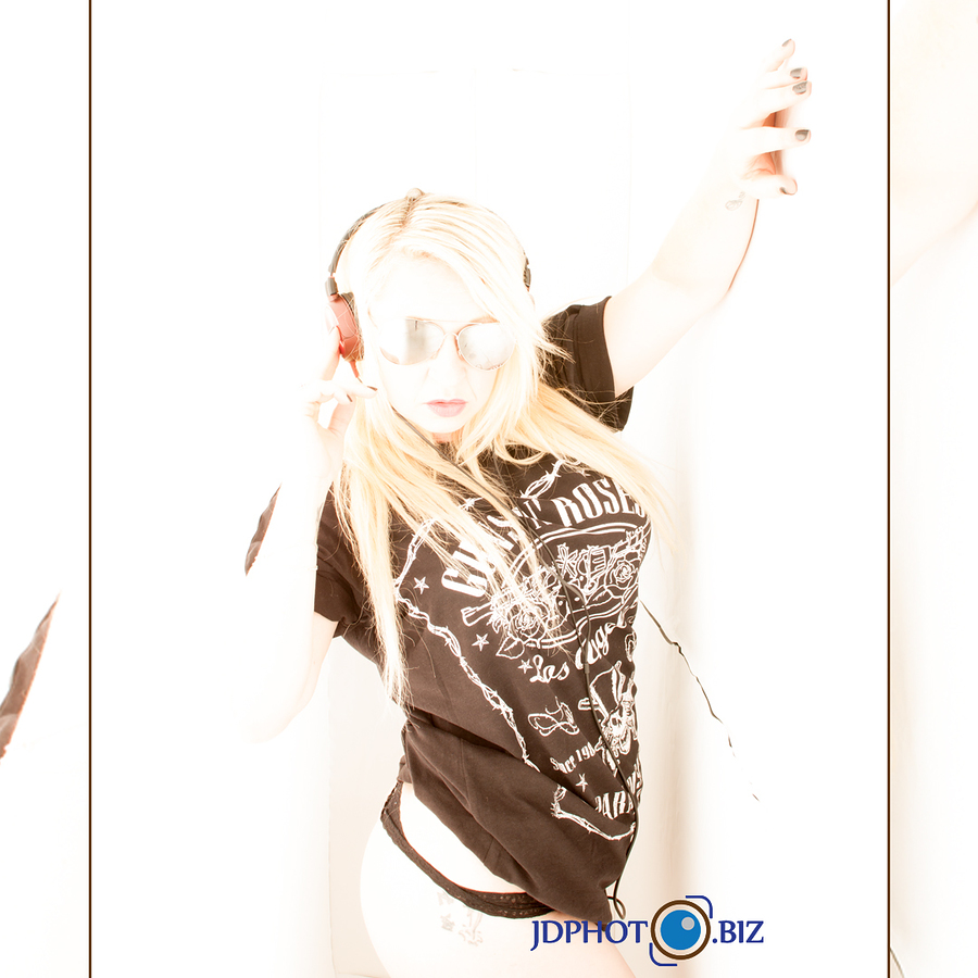 Play that funky music / Photography by jdphoto.biz, Model Erin13 / Uploaded 1st April 2018 @ 06:36 PM