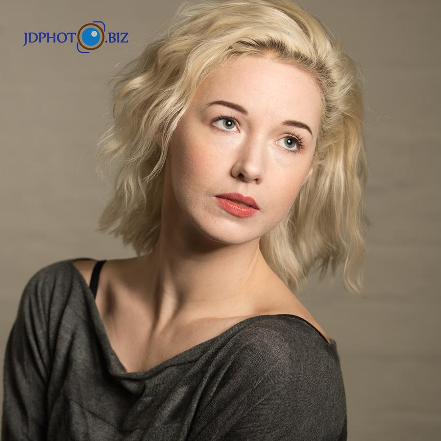 Em Headshot / Photography by jdphoto.biz, Model Em Theresa, Taken at Natural Light Spaces / Uploaded 4th April 2018 @ 10:42 AM