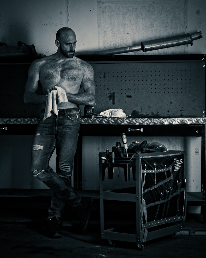 mechanic at work / Photography by jdphoto.biz, Model Darren S, Taken at Natural Light Spaces / Uploaded 30th April 2019 @ 06:45 PM