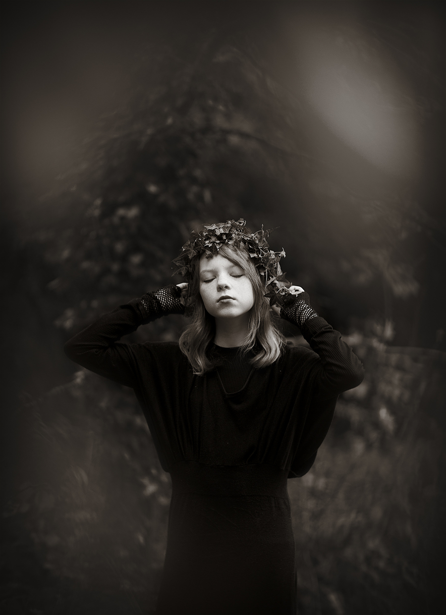 Gothic Maisy / Photography by jakabi / Uploaded 30th October 2015 @ 05:53 PM