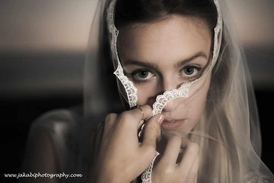 Miranda veiled / Photography by jakabi / Uploaded 8th August 2014 @ 11:04 PM