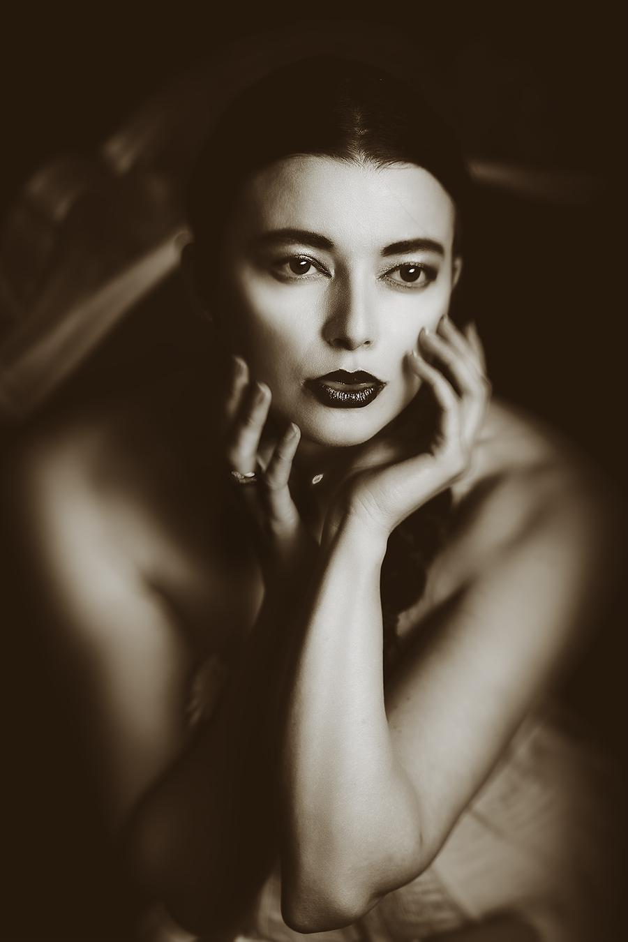 1930's feel / Photography by jakabi, Model Helen Diaz, Taken at Full Moon Studio / Uploaded 8th April 2016 @ 05:44 PM