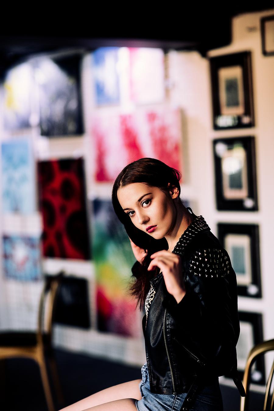 Portrait in the gallery / Photography by jakabi, Model Dominika Lowicka, Post processing by jakabi, Taken at Art Asylum Reloaded Photo Studio / Uploaded 19th July 2016 @ 11:24 PM