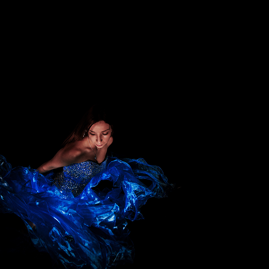 Moving in the dark / Photography by jakabi, Post processing by jakabi, Taken at Art Asylum Reloaded Photo Studio / Uploaded 19th August 2016 @ 11:03 PM