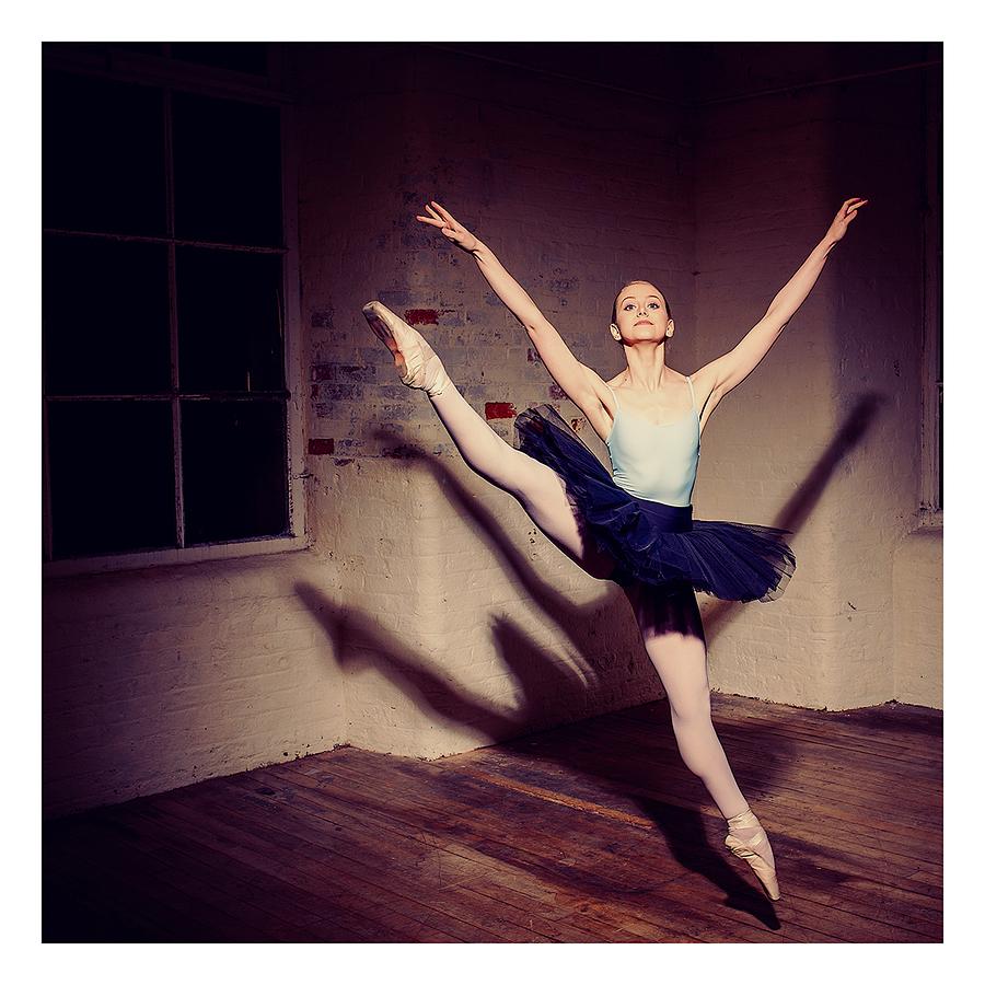 Studio dance (3) / Photography by jakabi, Model Ealison🍀, Post processing by jakabi, Taken at HallamMill (Truedefinition) / Uploaded 31st March 2017 @ 10:57 AM