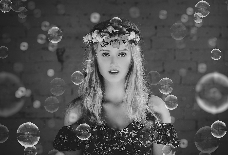 Sophie - bubbles / Photography by jakabi, Model SophieMarie, Post processing by jakabi, Taken at Image Red / Uploaded 28th April 2018 @ 04:49 PM