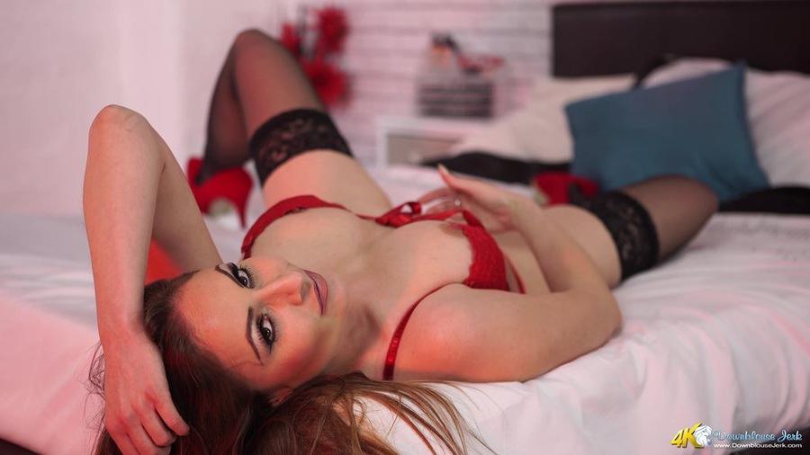 Model Sophia Delane / Uploaded 9th December 2015 @ 06:44 PM
