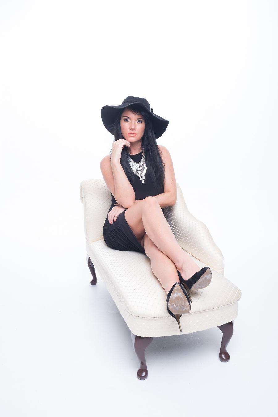 Raven Fashion 4 / Photography by FlashingBlade, Model Raven Lee / Uploaded 9th November 2015 @ 10:08 AM