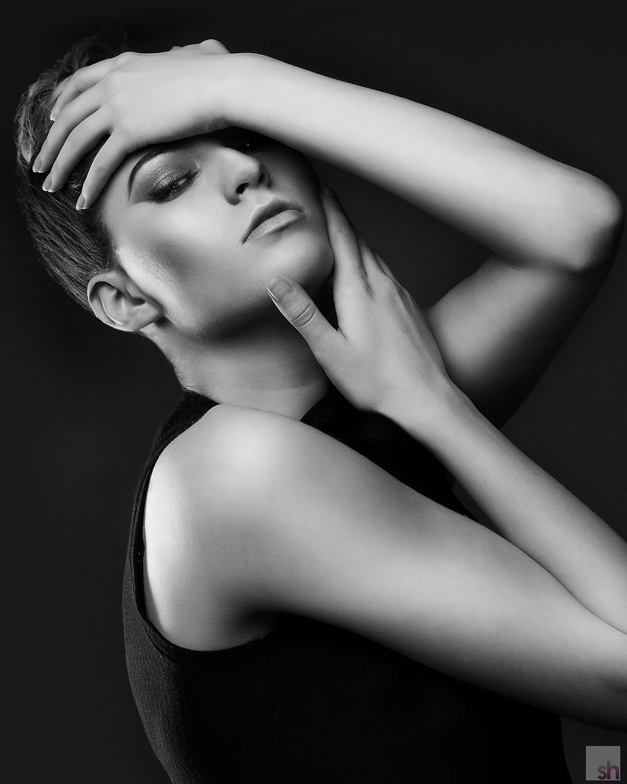 Darkness that Comes out of the Light / Photography by Saracen House Studio, Makeup by Natalie Wood, Taken at Saracen House Studio, Hair styling by Natalie Wood / Uploaded 26th May 2016 @ 03:34 PM