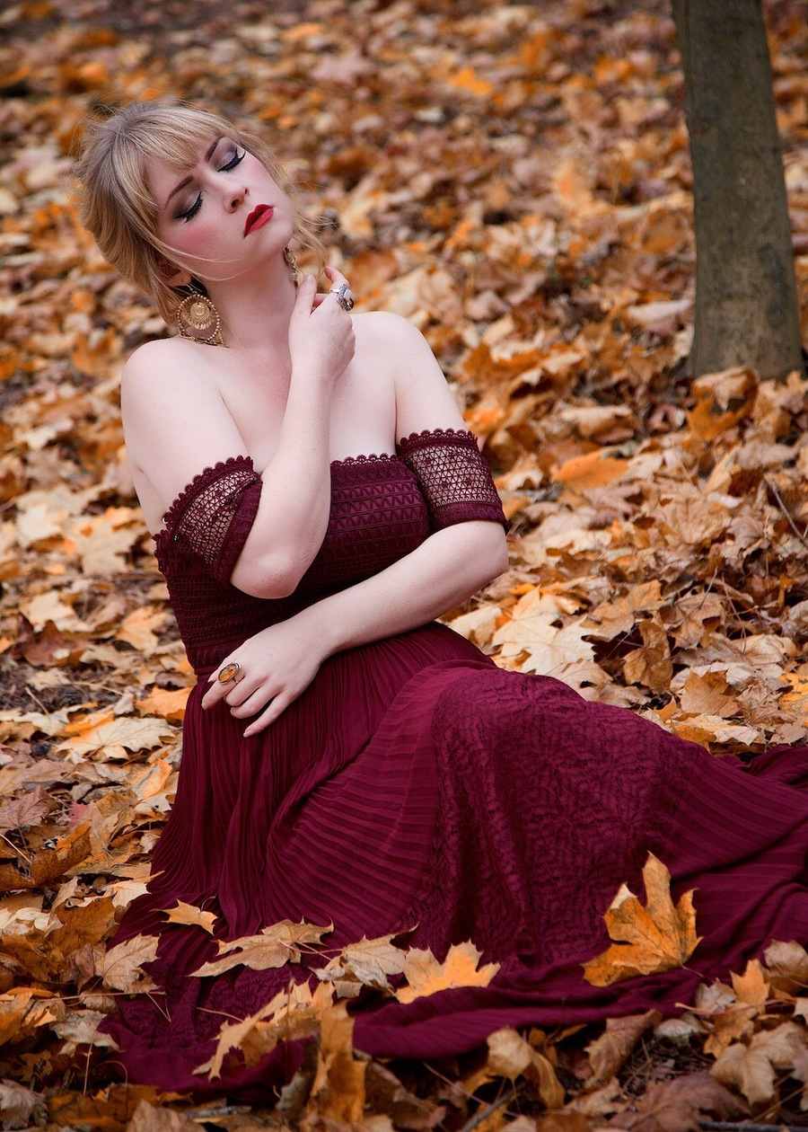Photography by Straker, Model Miss Rosie Lea / Uploaded 8th November 2018 @ 08:04 PM
