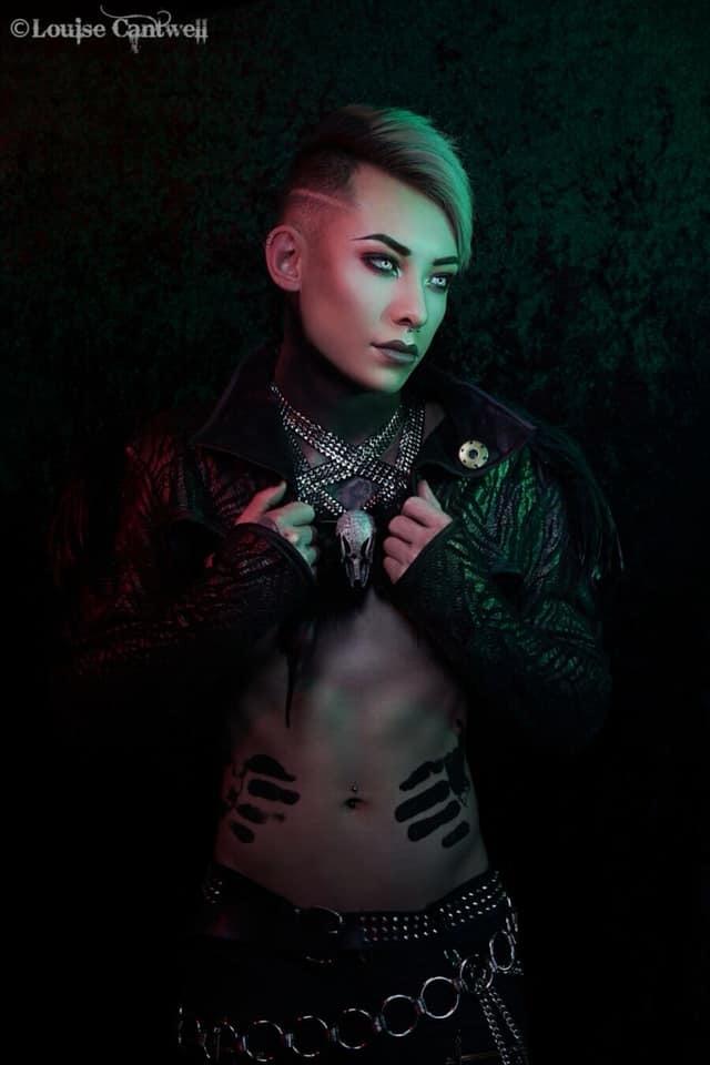 Dark / Model Kuro / Uploaded 27th December 2019 @ 04:58 PM
