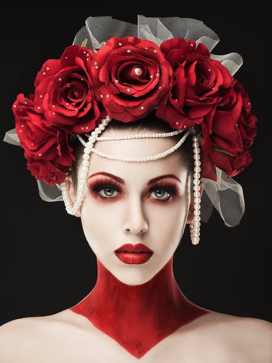 Red Roses / Photography by Rebeca Saray, Post processing by Rebeca Saray / Uploaded 7th December 2015 @ 11:06 PM