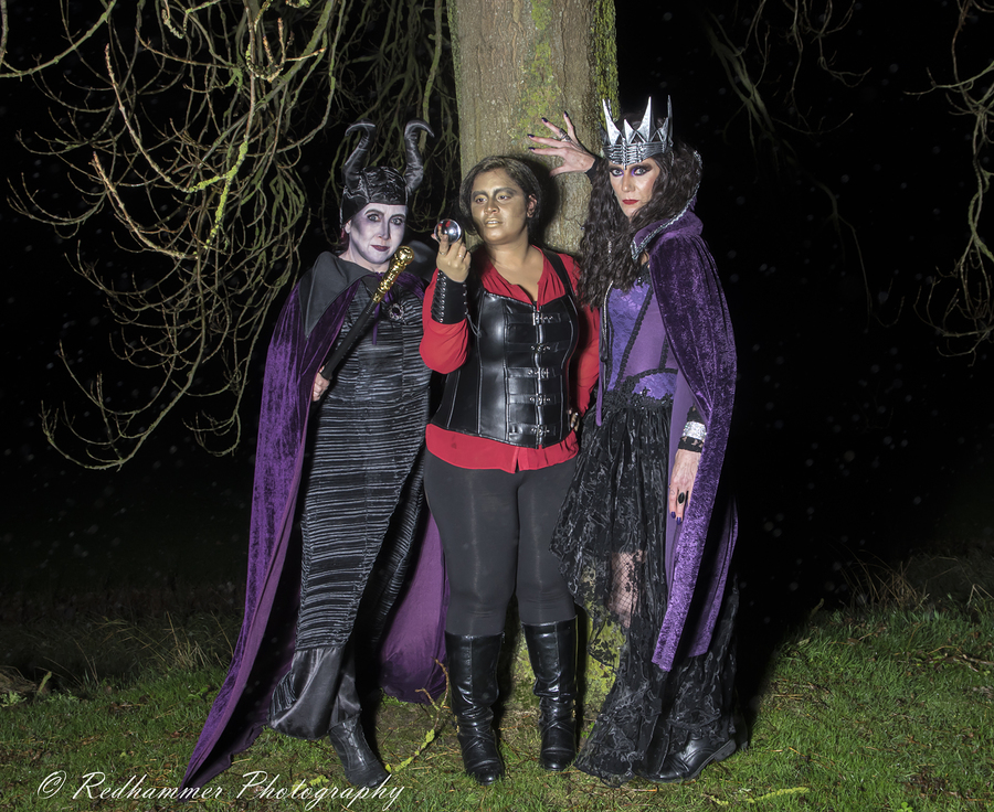 The wicked Three / Photography by Redhammer, Models Aurora Hazze, Models Mandy Louise, Makeup by Kittie Louise / Uploaded 1st January 2019 @ 05:24 PM