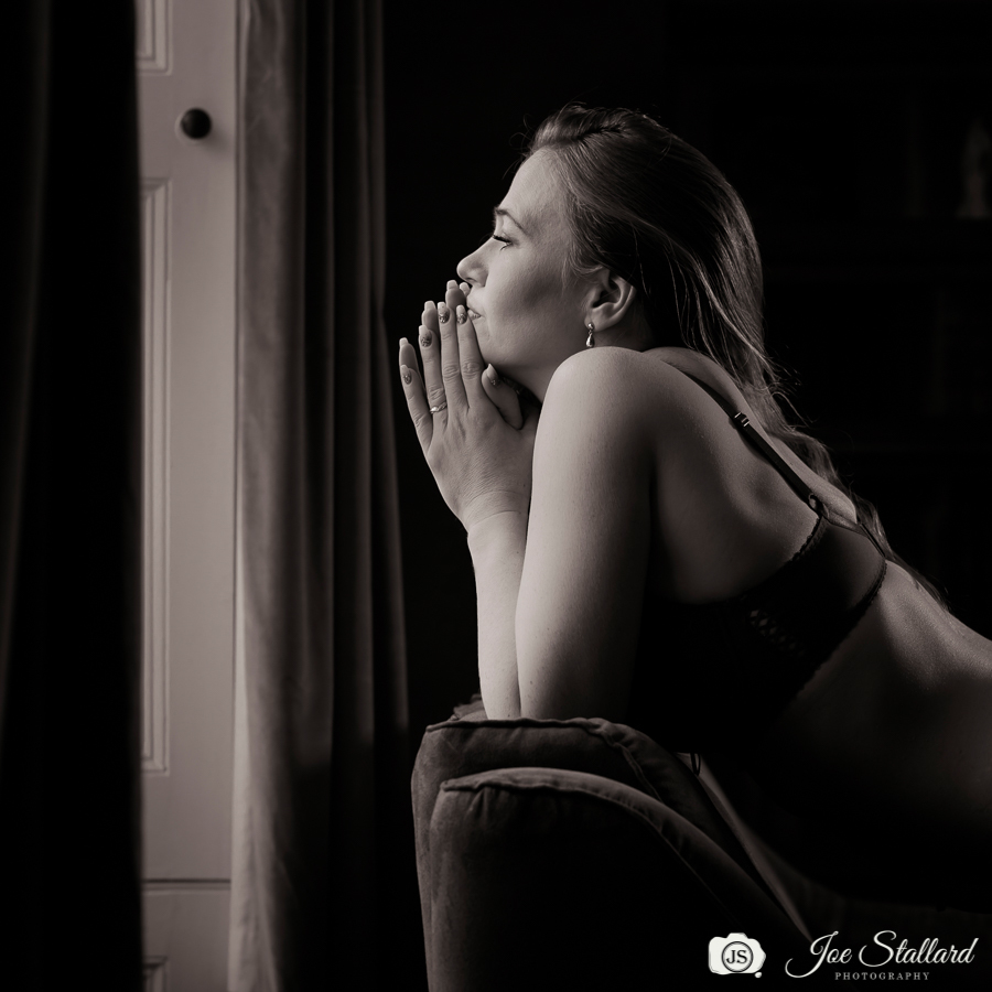 Portrait Session With Jenni at Home Studio, Basingstock / Photography by Joe S, Model Jenni JJ, Taken at Rococo Farm / Uploaded 13th February 2019 @ 06:39 PM