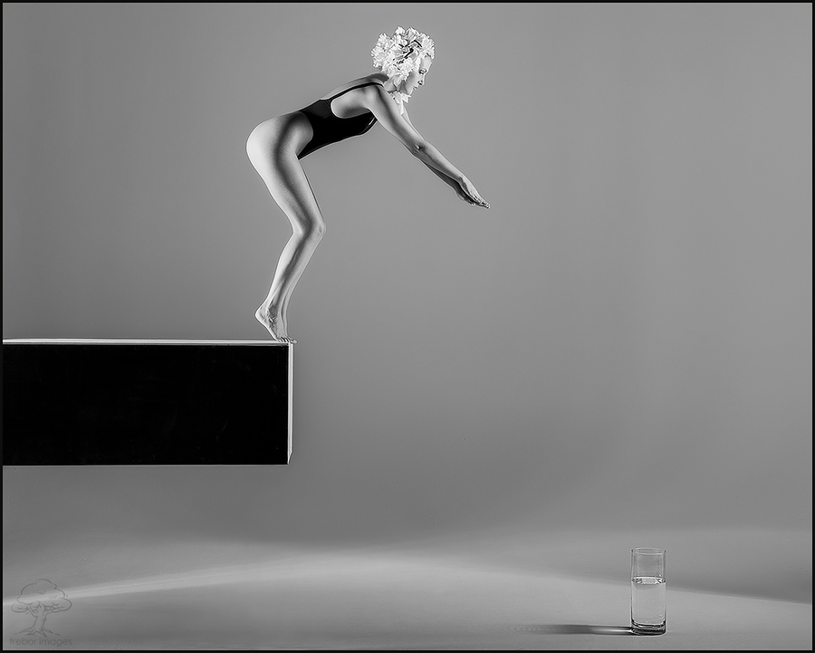 """Professor splash""..... / Photography by trebor images, Model Sylph Sia, Post processing by trebor images, Taken at Natural Light Spaces, Designer trebor images / Uploaded 25th June 2019 @ 08:41 PM"