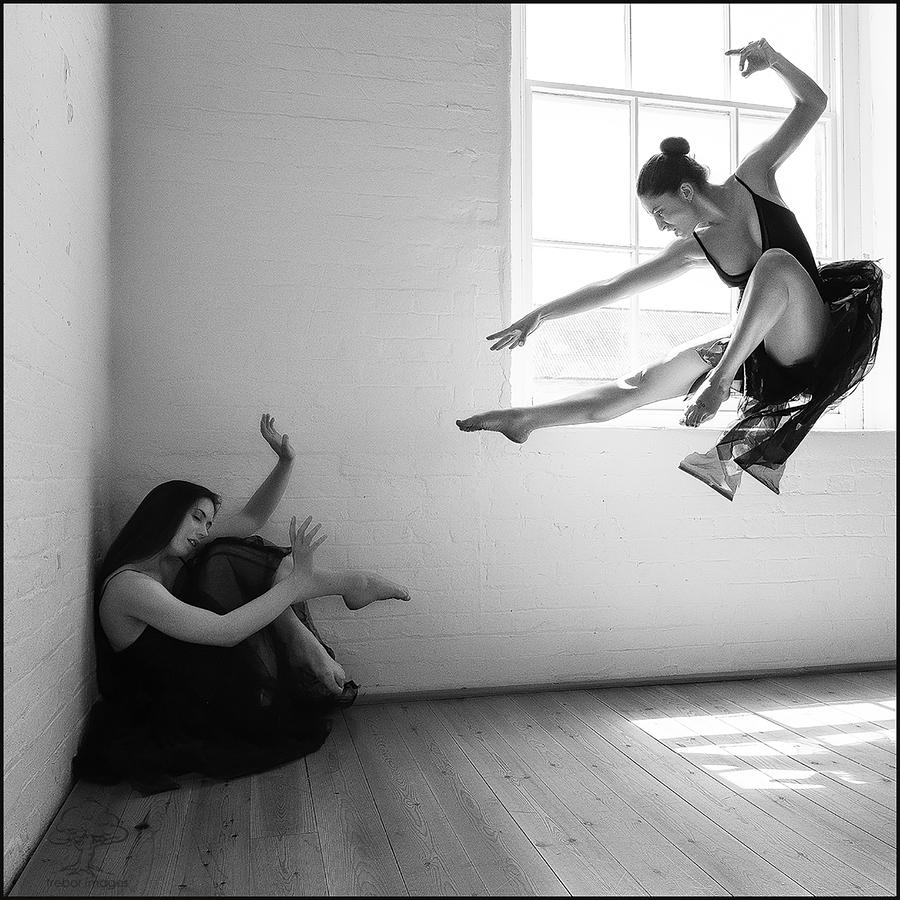 """Black Swan""... / Photography by trebor images, Models BOou, Models Elle Beth, Post processing by trebor images, Taken at Natural Light Spaces / Uploaded 31st July 2019 @ 08:06 PM"