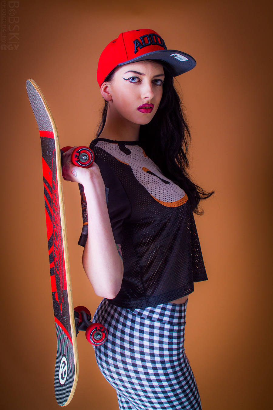 SK8TR BABE..... / Photography by BobskiRGV, Post processing by BobskiRGV / Uploaded 10th January 2015 @ 01:28 AM