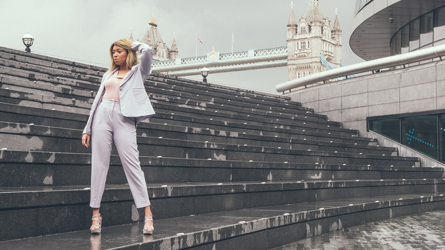 London Bridge / Photography by mmedia, Model Tamyka Jones / Uploaded 2nd June 2019 @ 02:43 PM
