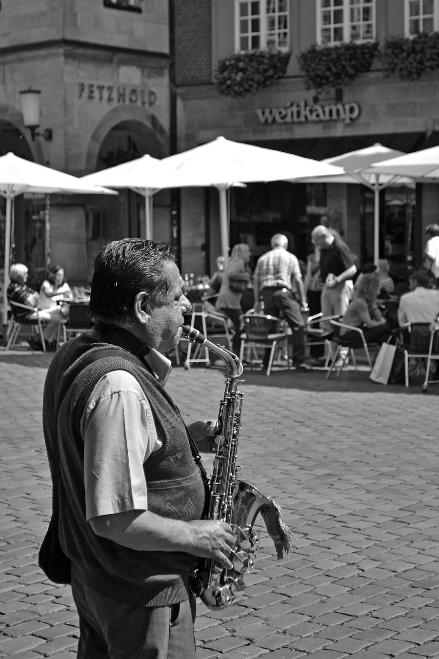 Saxo / Photography by Chris4020 / Uploaded 6th September 2014 @ 09:37 PM