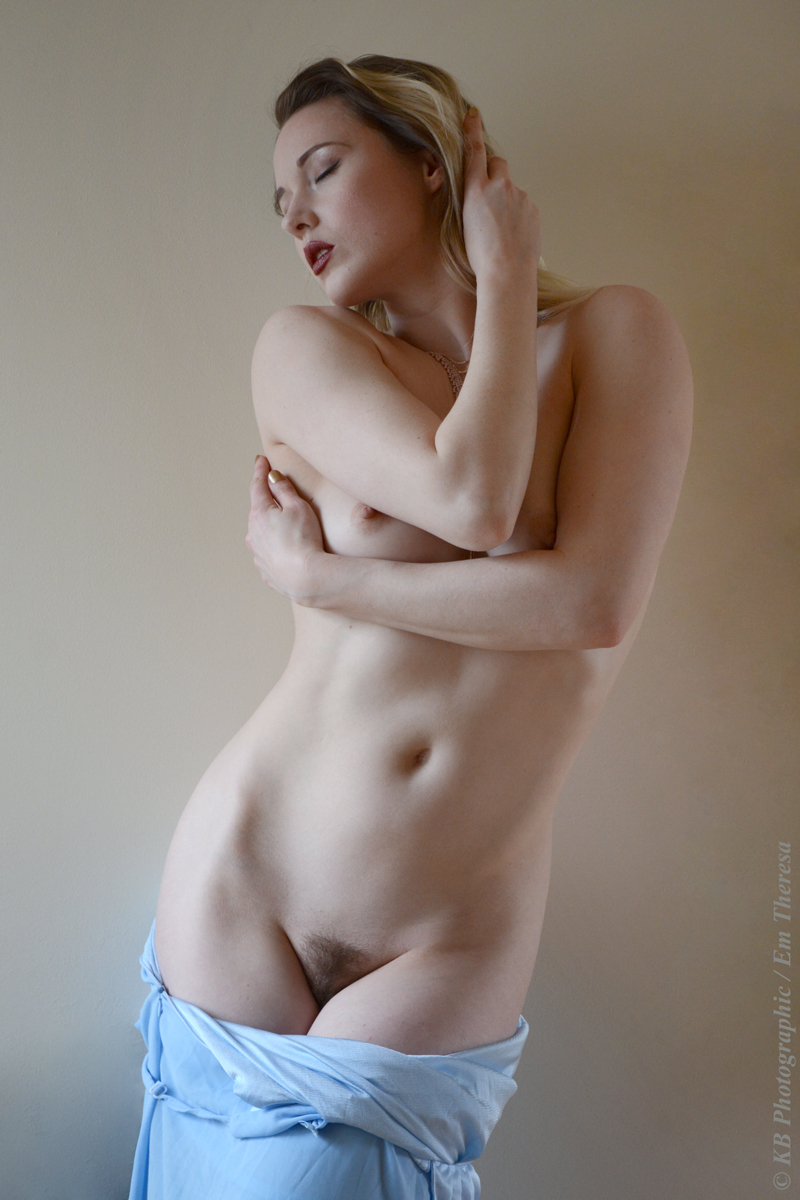 Nude theresa Theresa Correa