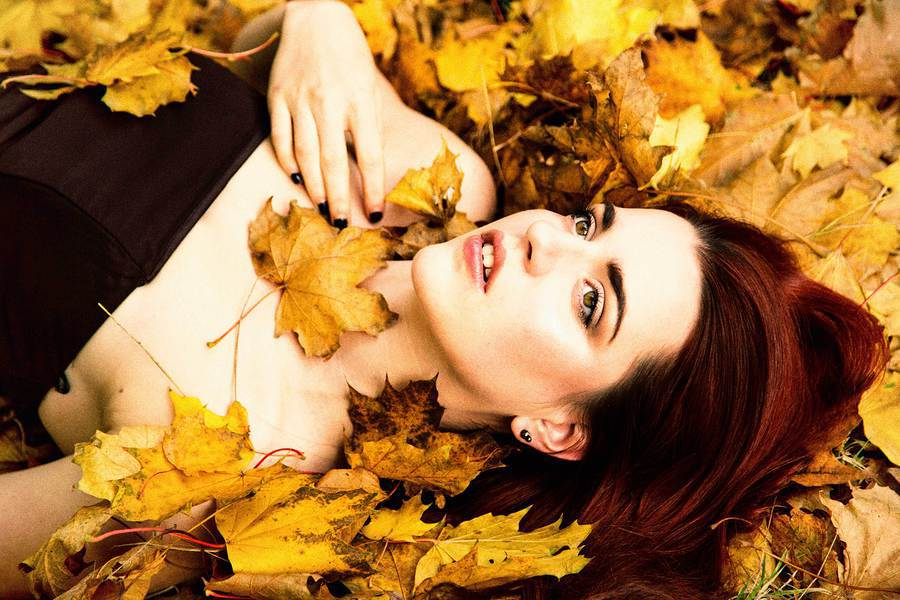fallen / Photography by Grewy, Model Soria / Uploaded 27th November 2016 @ 09:01 PM