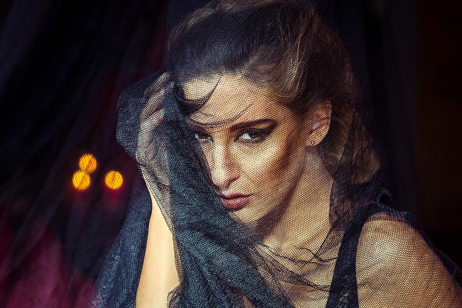 La veuve / Photography by Grewy, Model ❀ Chiara Elisabetta, Makeup by ❀ Chiara Elisabetta, Post processing by Grewy, Stylist ❀ Chiara Elisabetta, Stylist Grewy, Taken at The Hacienda / Uploaded 8th October 2017 @ 10:24 PM