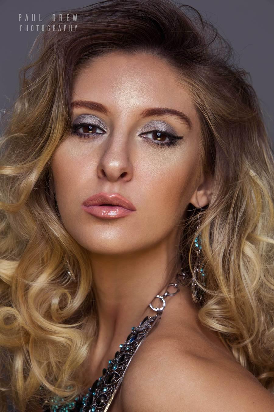 Cheryl beauty / Photography by Grewy, Model ❀ Chiara Toulouki Elisabetta, Post processing by Grewy, Taken at The Hacienda / Uploaded 30th December 2017 @ 10:13 AM
