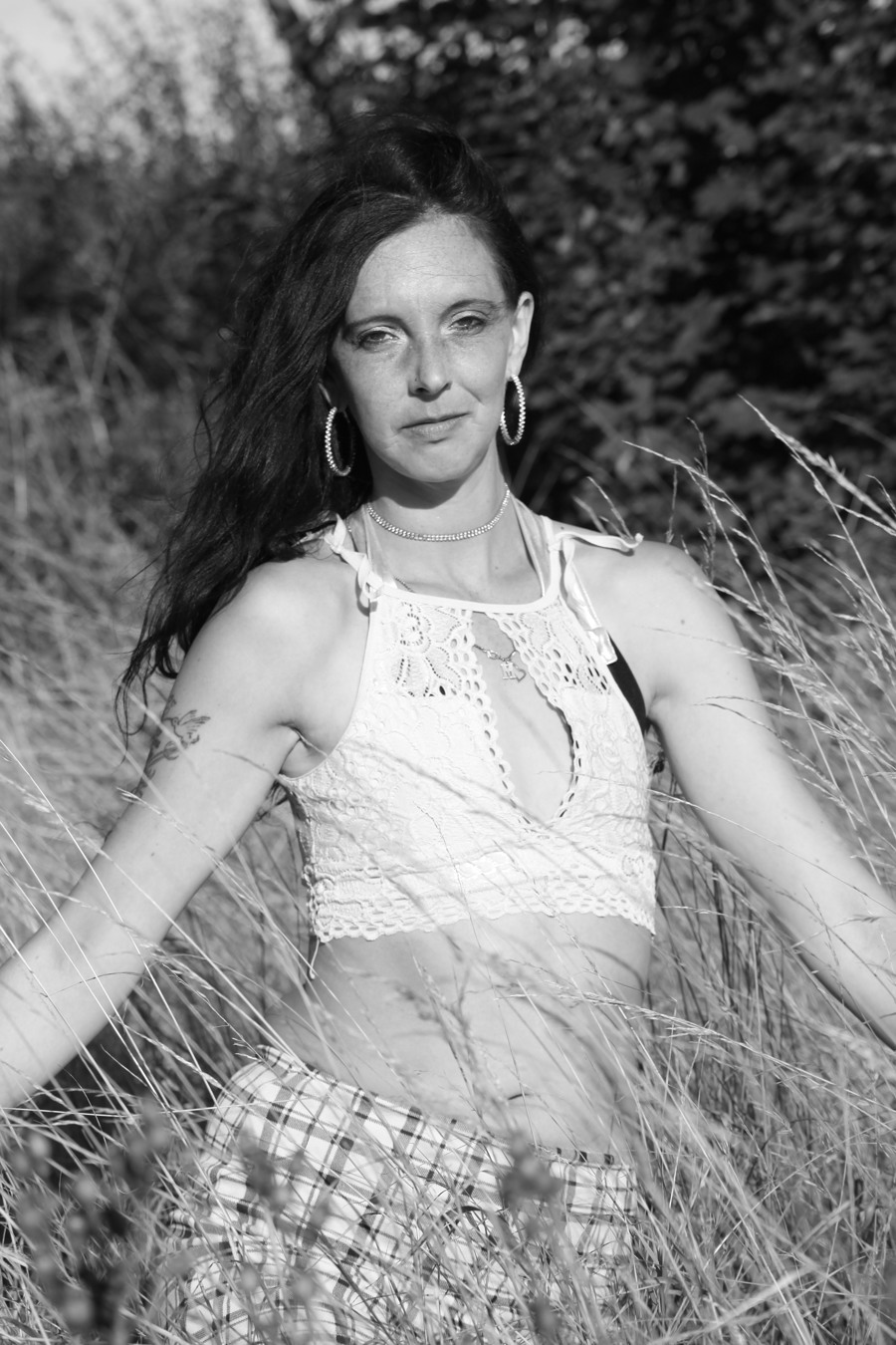 Monochrome In The Long Grass / Photography by Fenland Photographic, Model diamond m / Uploaded 22nd August 2020 @ 11:09 PM