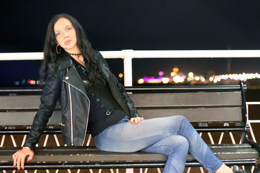 On The Pier At Night / Photography by Fenland Photographic, Model diamond m / Uploaded 6th September 2020 @ 09:22 PM