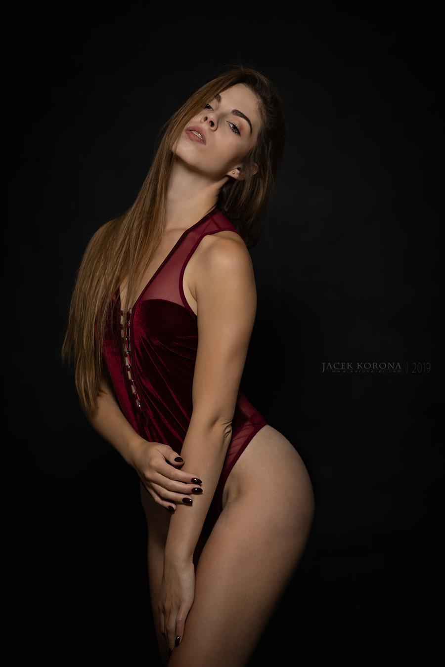 Aleksandra / Photography by Jacek Korona / Uploaded 21st October 2019 @ 01:51 PM