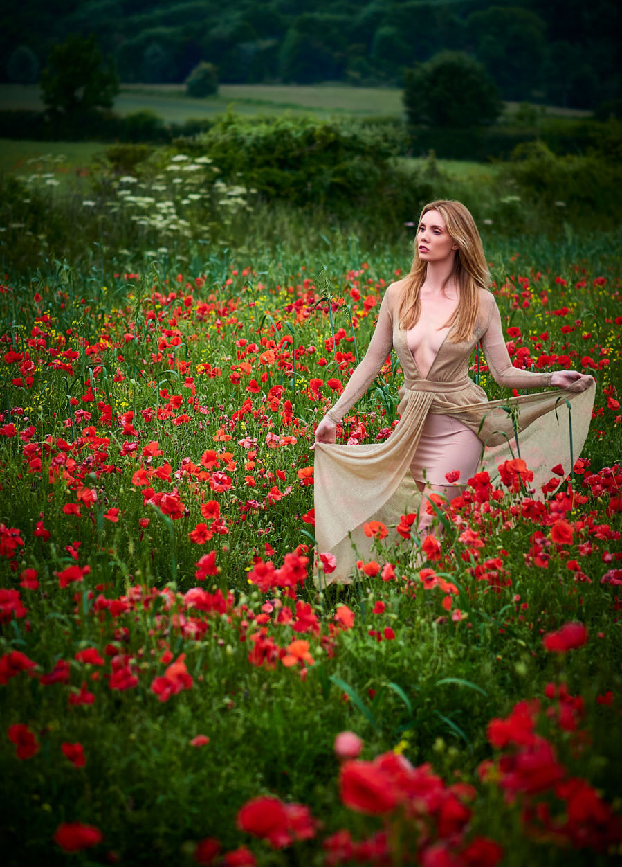 Photography by John Simpson, Model Roseanne, Makeup by Roseanne, Post processing by John Simpson / Uploaded 25th June 2019 @ 10:13 AM