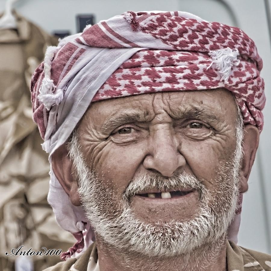 Arab Headdress / Photography by Anton100 📷 / Uploaded 14th December 2016 @ 06:22 PM