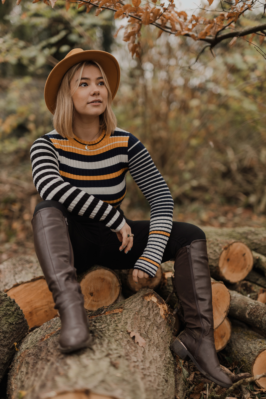 Chop wood. / Photography by Scott Davis / Uploaded 26th November 2020 @ 09:27 AM