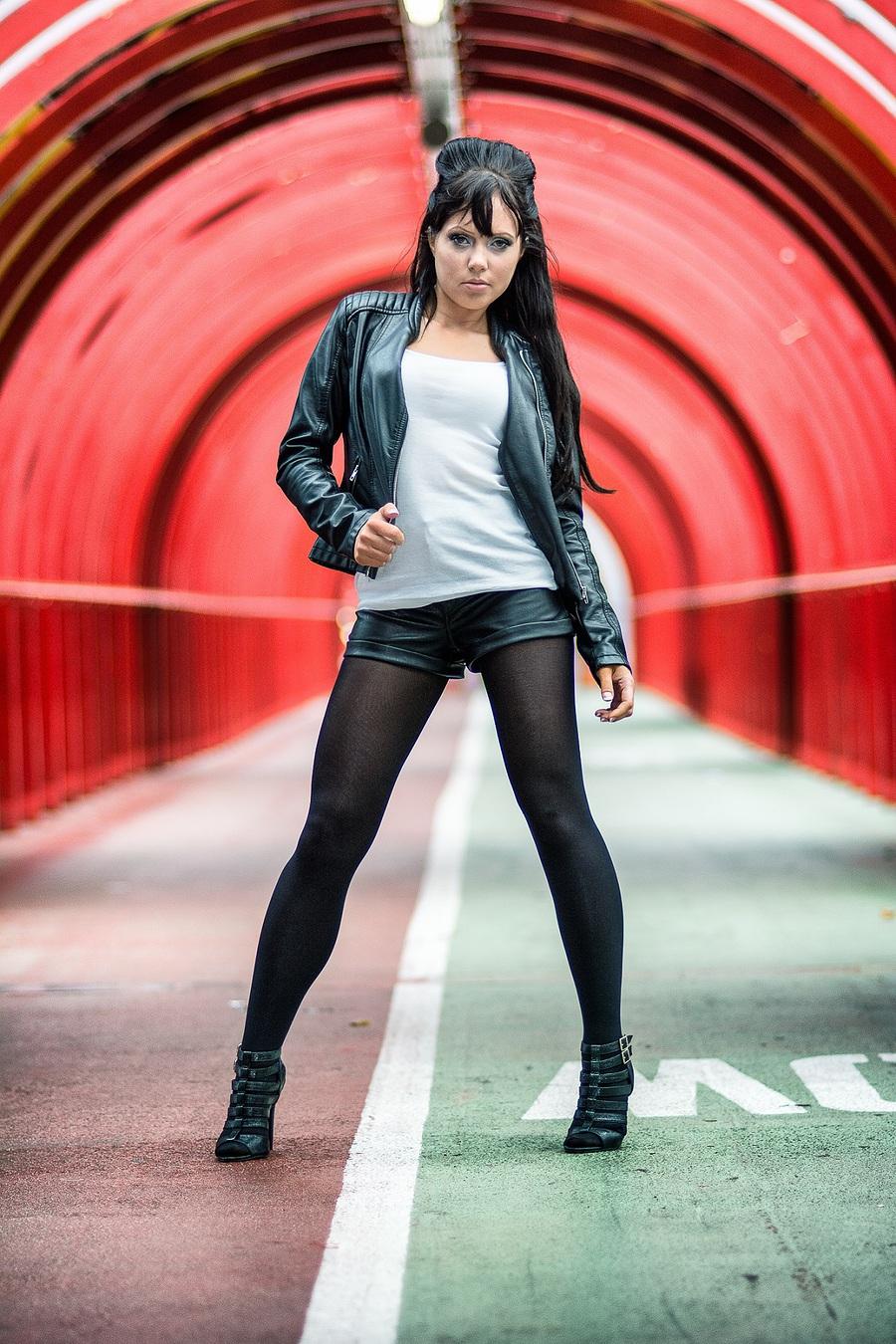 Tunnel Fashion / Model Jen_981 / Uploaded 15th August 2016 @ 04:56 PM