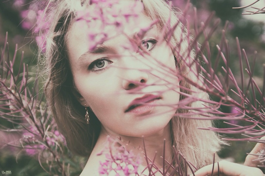 Lost in the flowers / Photography by Zardoz ( aka Paride ), Model Masha123 / Uploaded 30th July 2017 @ 05:17 PM