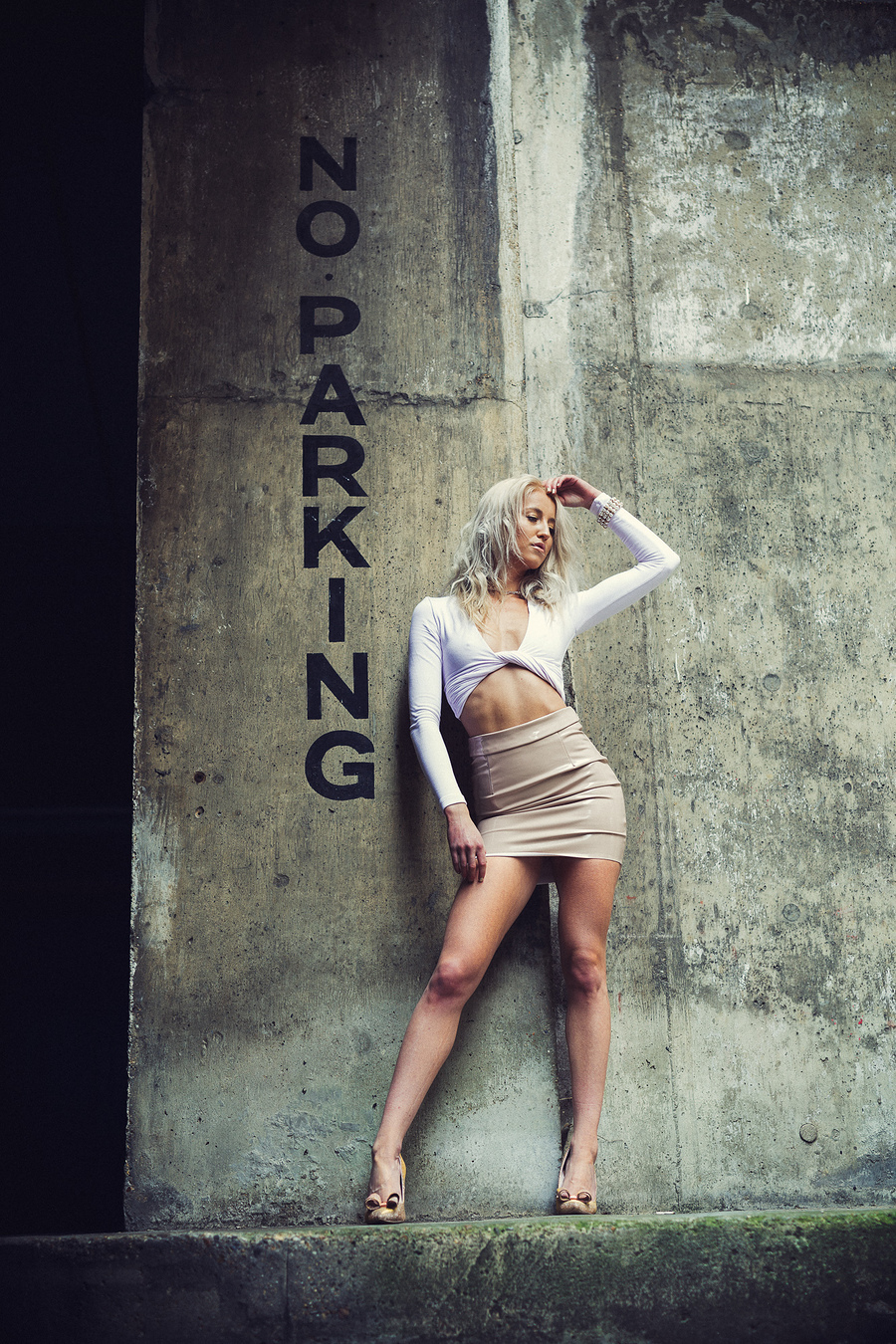 No Parking / Photography by DerelictHeart, Model Missrsmith / Uploaded 23rd April 2017 @ 09:25 AM