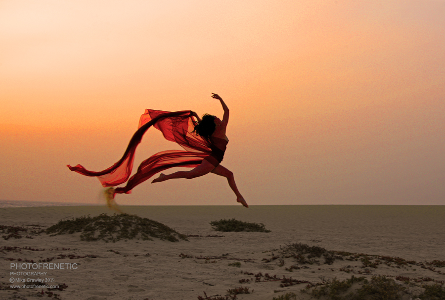 Dancing in the Sunset / Photography by Photofrenetic, Model tanya atherton, Post processing by Photofrenetic / Uploaded 5th April 2019 @ 07:16 PM