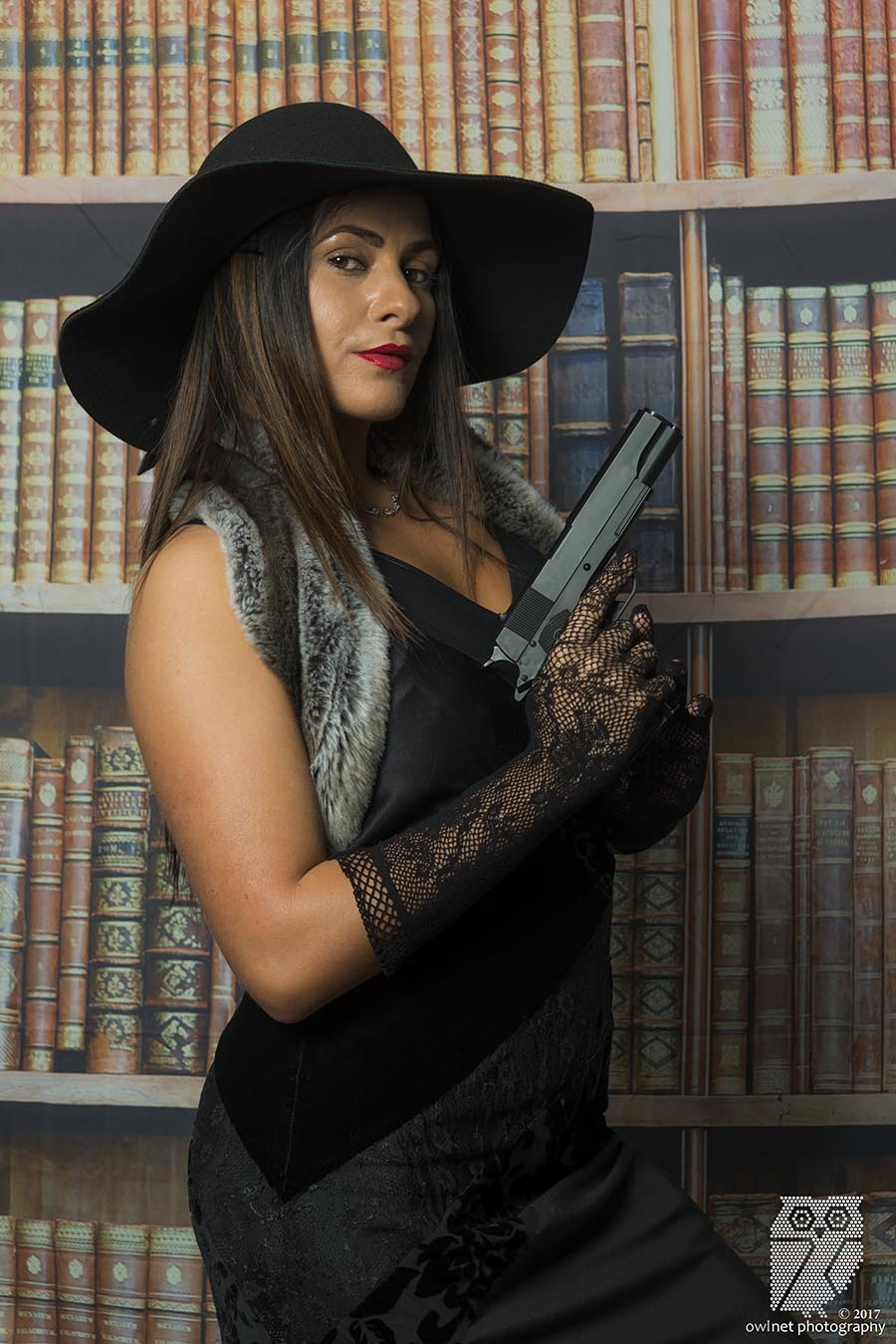 Miss Scarlett, In the Library, With the Gun / Photography by Owlnet Photography, Model SimoneH / Uploaded 22nd April 2018 @ 12:42 PM