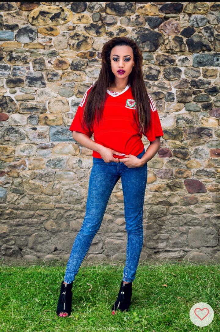 Women of Wales Calendar Shoot / Model Karys / Uploaded 12th October 2016 @ 10:47 AM