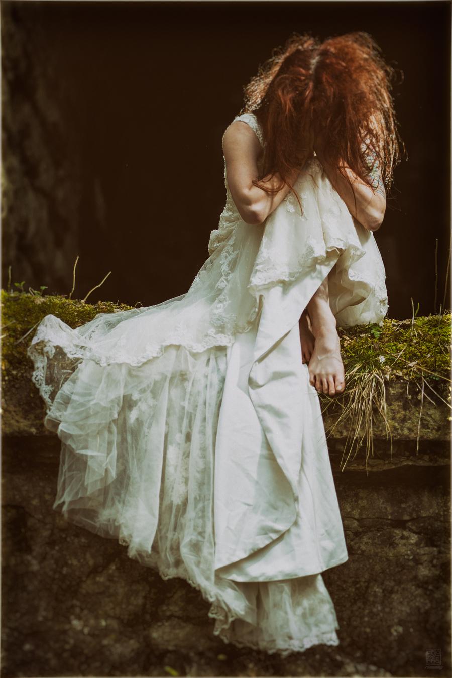 Broken Heart / Photography by rimфsky°, Model IrisFerret / Uploaded 15th April 2017 @ 07:41 AM