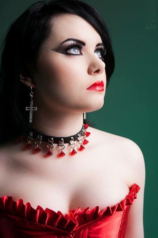 Red / Photography by BobskiRGV, Model HannahMG, Makeup by HannahMG, Stylist HannahMG, Hair styling by HannahMG, Designer HannahMG / Uploaded 8th November 2015 @ 04:14 PM